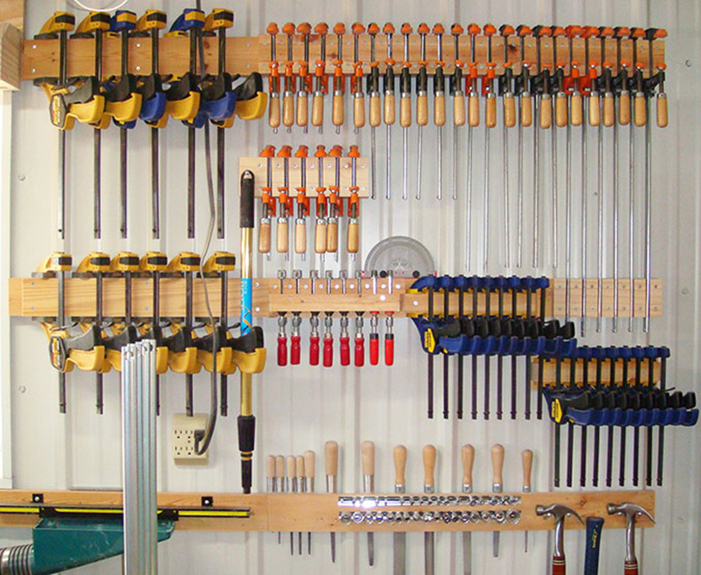 One wall of clamps